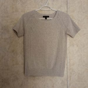 Banana Republic gray knit t-shirt